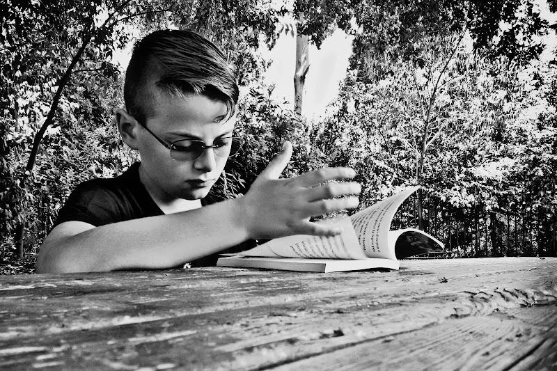 Lettura al parco di Emanuele Reasso