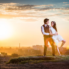 Wedding photographer Todor Batinkov (batinkov). Photo of 25.11.2015