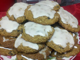 Grandma Ann's Iced Oatmeal  Spice Cookies Recipe