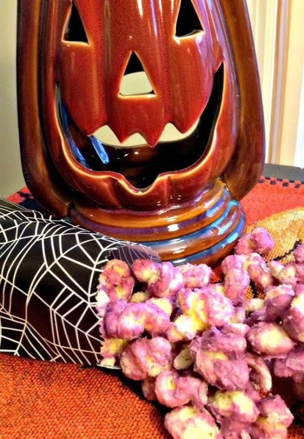 Http://www.thelittleblondebaker.com/white-chocolate-puffn-corn/