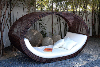 Photo: Sampon Daybed Outdoor Bed