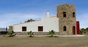 Exterior de Bodega Palomillo.