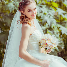 Wedding photographer Vika Markova (Liona). Photo of 22.10.2013