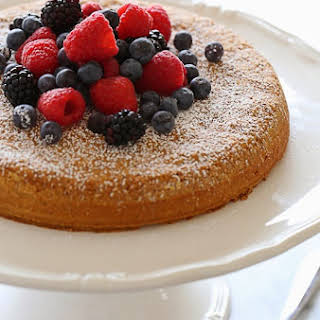 5-Ingredient Almond Cake with Fresh Berries.