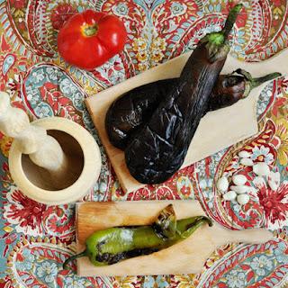 Roasted eggplant dip (Kyopoolu)
