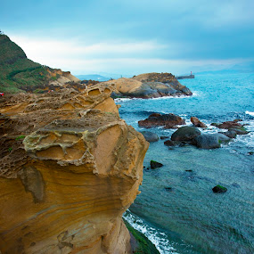 The cliff. by Jeff T - Landscapes Waterscapes