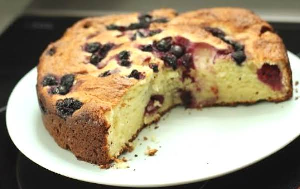 Ricotta Breakfast Cake With Berries