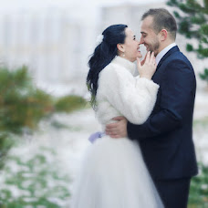 Wedding photographer Valentina Dimitrieva (Valendi). Photo of 13.12.2015