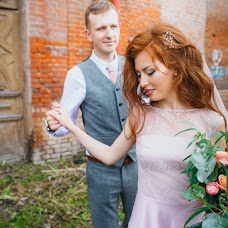 Wedding photographer Anna Oranzhevaya (AnnaOranje). Photo of 19.11.2017