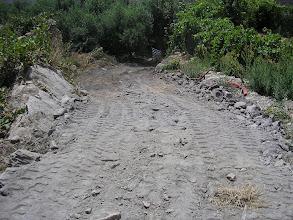 Photo: Camino de la fuente a su paso por la casa de Damian.