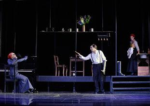 Photo: Wien/ Theater in der Josefstadt: FRÄULEIN JULIE von August Strindberg. Premiere 6.10.2015. Inszenierung: Anna Bergmann. Sona MacDonald, Florian Teichtmeister, Bea Brocks. Copyright: Barbara Zeininger