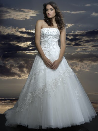 Lana in her Night Elegant Wedding Gown