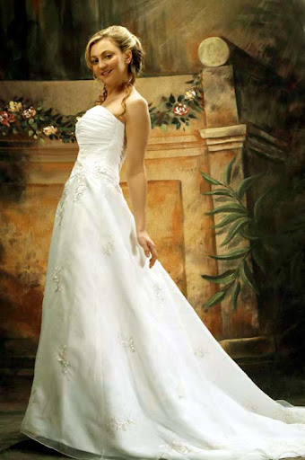 garden simple wedding dress