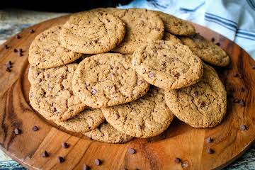 Crispy Chewy Chocolate Chip Cappuccino Cookies