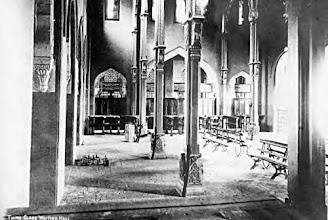 Photo: Egmore railway station - Pillars inside the station