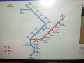 Photo: Map of subway stations in English and Chinese