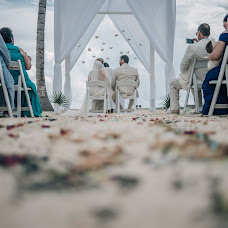 Wedding photographer Diego Lom (diegolom). Photo of 09.02.2018