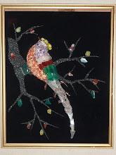 Photo: -Gift 6- 数々の色の違うヒスイのような物が使われている鳥。日本のダンス関係の方から寄贈されたと思いますが、どなたか、誰が、どのような経緯でプレゼントされたかご存じの方がおりましたら、ご連絡下さると有難いです。