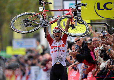 Jelle Wallays won Parijs-Tours