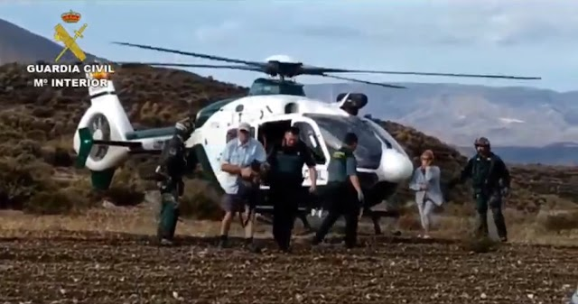 Dos mayores han sido rescatados por la Guardia Civil.
