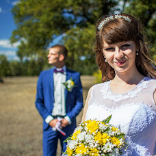 Wedding photographer Anton Konovalov (Coomir). Photo of 06.12.2014