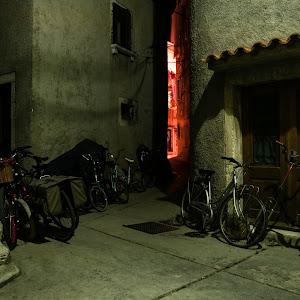 Cres alley 3 NO WATER 2000-2.jpg