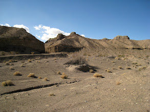 Photo: A wide view of the wash and the surrounding hills. It's hard to see in the picture, but there's an intriguing object in the distance, on the right corner of the picture. It definitely seems man-made and invites further investigation.