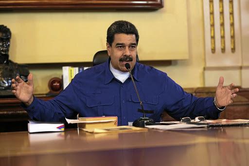 Donald Trump vries Venezuela-staatsbates in die VSA