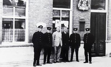 Photo: 1937 Dreef 8 was in het verleden een Postkantoor met vlnr F.J van Dun, P.L. van Aart, M. Zandee, de directeur F.C.J. van den Burg en J. van Gils..