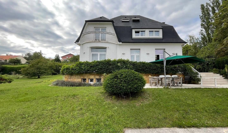 Villa avec jardin et terrasse Scy-Chazelles