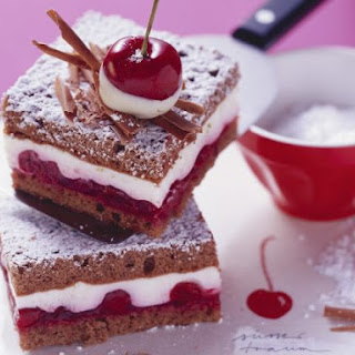 Yoghurt and Chocolate Slices with Cherries