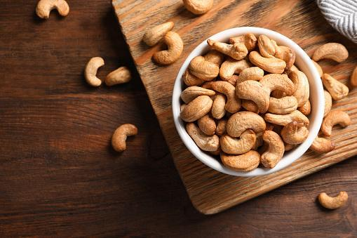 https://media.istockphoto.com/photos/tasty-cashew-nuts-in-bowl-on-wooden-table-top-view-picture-id1149272011?b=1&k=6&m=1149272011&s=170667a&w=0&h=Pm5o1oS8C7b7m3b4IYQrMC0Kzz_uzr6FIQpHHeuOwec=