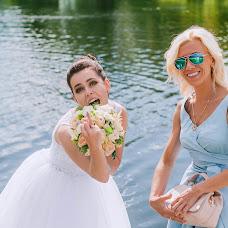 Wedding photographer Kristina Gluschenko (KristinaKort). Photo of 01.08.2017