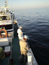 """Photo: 今日は、いつも""""えさ釣り""""の方でお世話になっております「大先輩」方々とタイラバ釣行です!"""