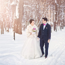 Wedding photographer Stanislav Uvarov (StasUvarov). Photo of 09.02.2015