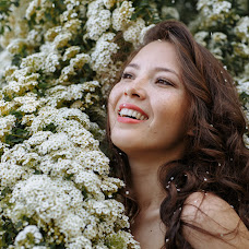 Wedding photographer Darya Adamova (dachenka). Photo of 21.05.2017