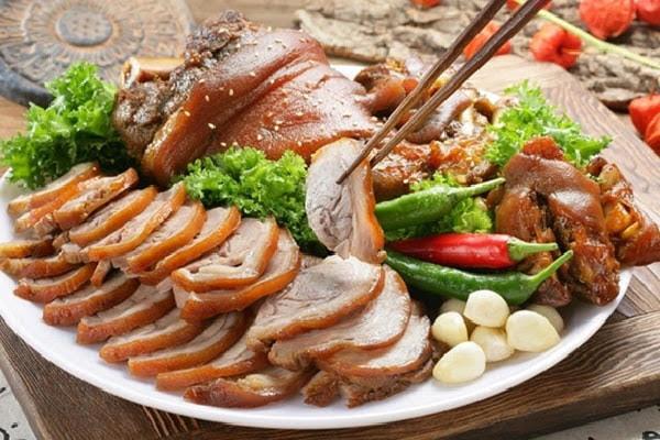 Cách làm thịt heo ngâm nước mắm ăn kèm cơm trắng hay cuốn bánh tráng ngon hết nấc
