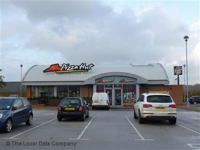Pizza Hut On Cortonwood Restaurant Pizzeria In Town