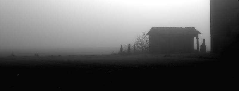 tra la nebbia di NicoGovoni