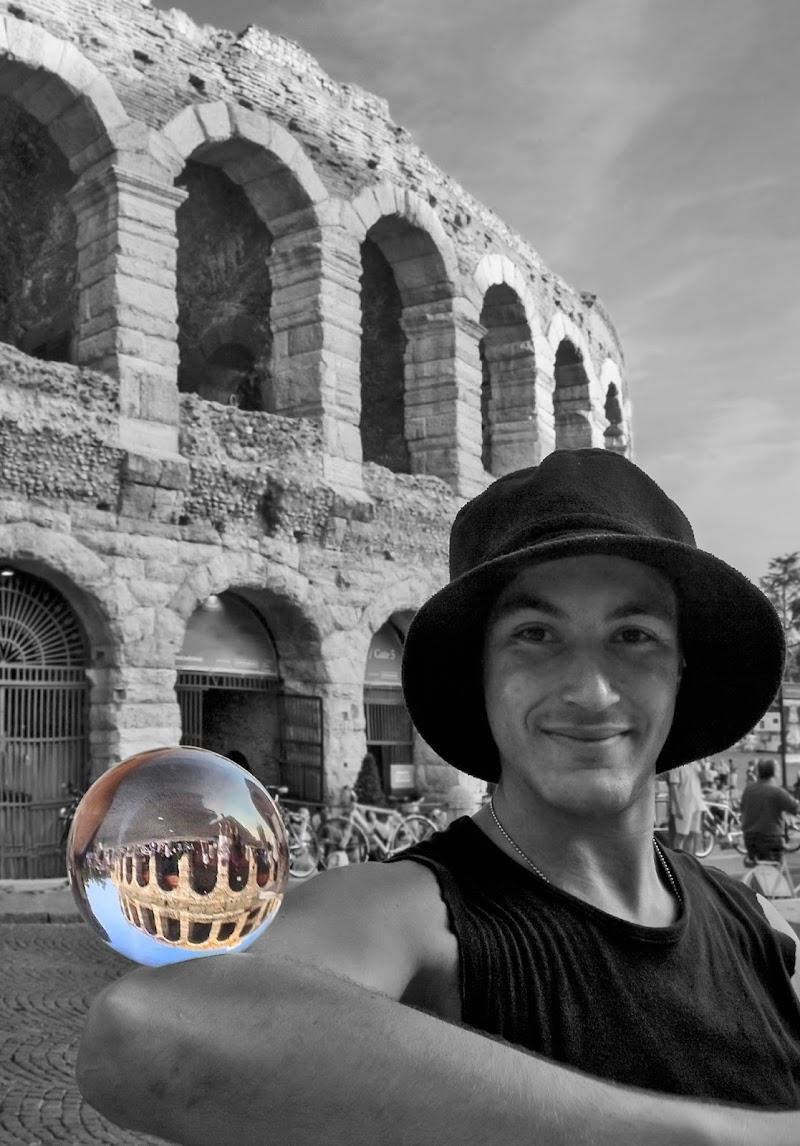 La sfera di cristallo di Livius
