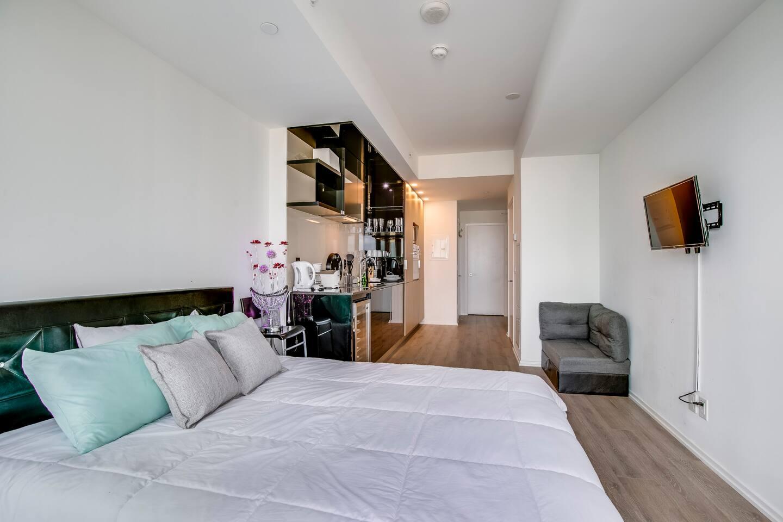 Furnished Studio Apartments UofT housing