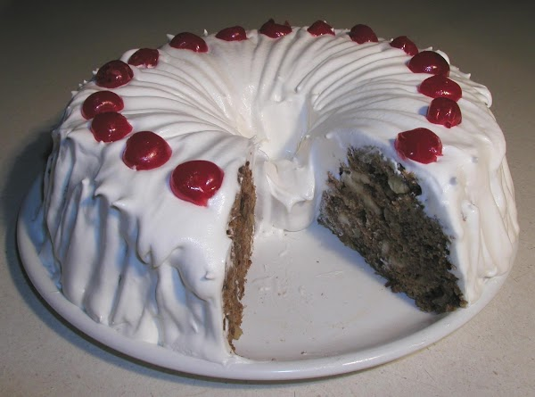 Delicious Holiday Cake Recipe