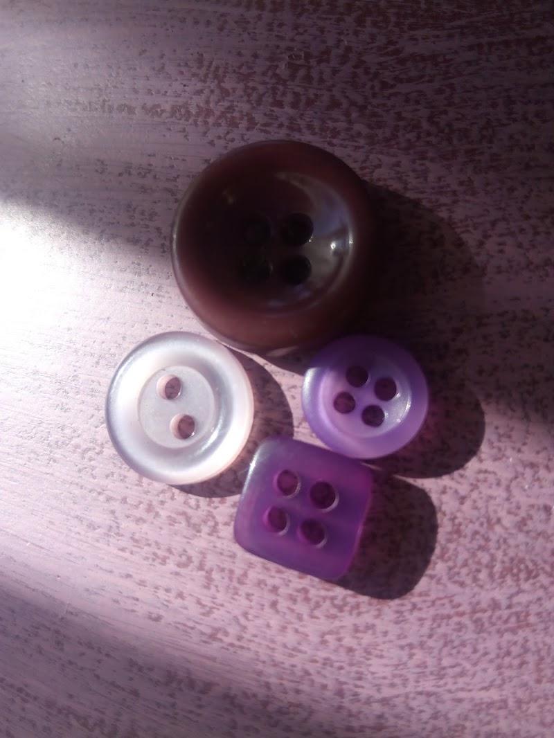 4 Bottoni di irina sirbu