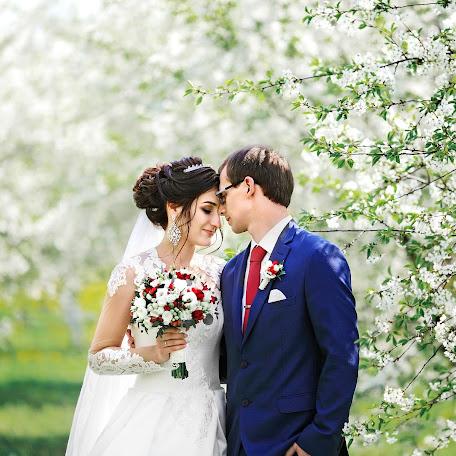 Wedding photographer Maksim Vetrov (vetrov). Photo of 04.07.2017