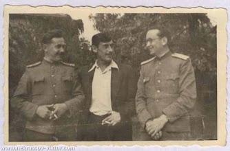 Photo: Виктор Некрасов после выступления перед офицерами, Берлин, 1948