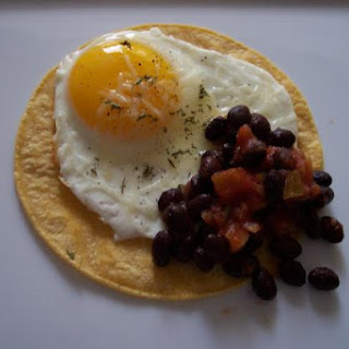 Egg, Black Beans and Salsa – 7 Points +