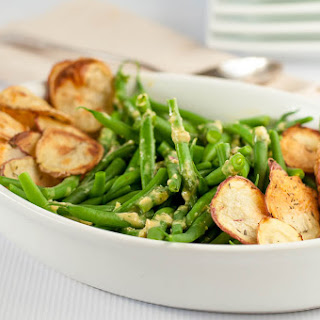 Dijon Green Beans with Crispy Potato Chips