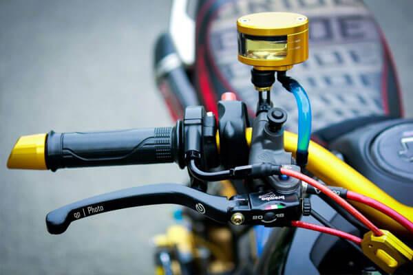Honda MSX125 độ nổi bật và cá tính cùng hàng loạt đồ chơi - Cùm tăng tốc Domino