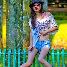 by Hendrik Santoso Gutom - People Fashion