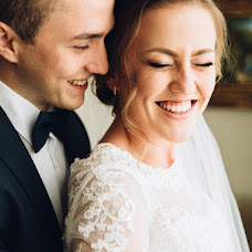 Wedding photographer Yuliya Otroschenko (otroschenko). Photo of 25.11.2015